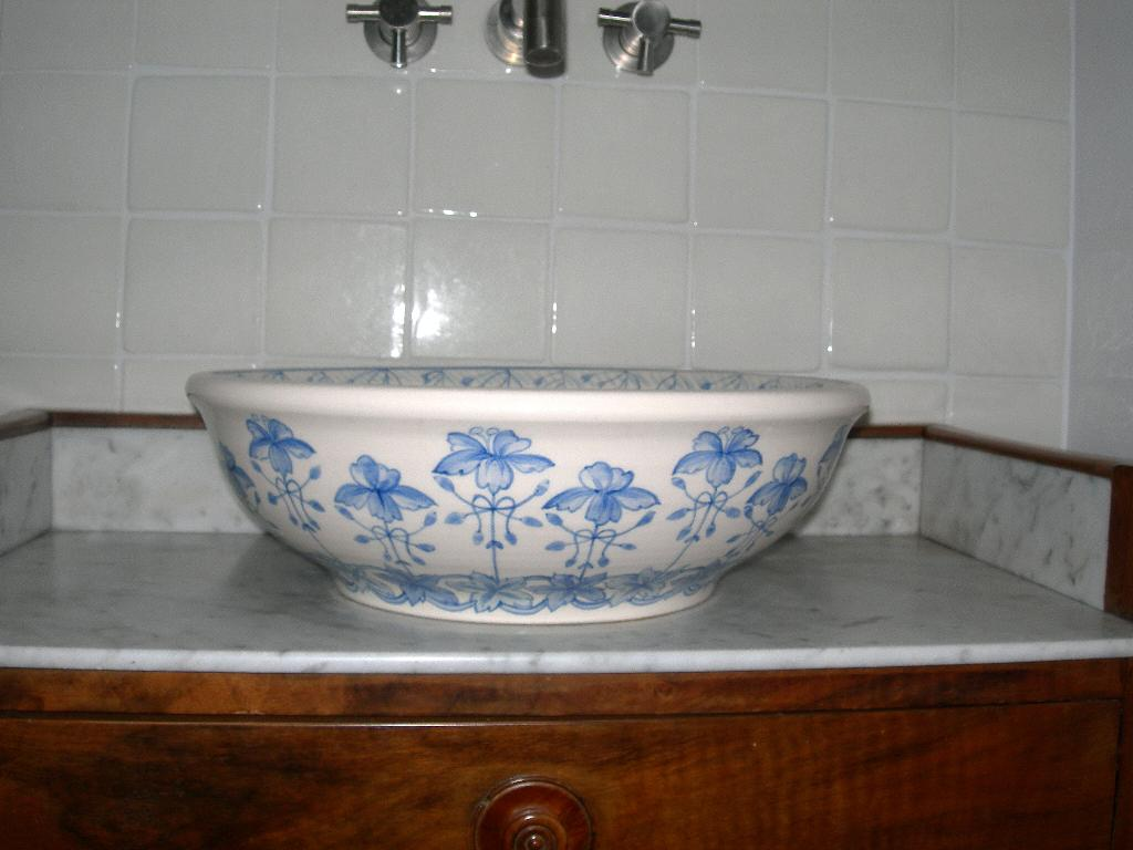 Vasques en céramiques - Céramiques du Beaujolais, faïences et terre ...