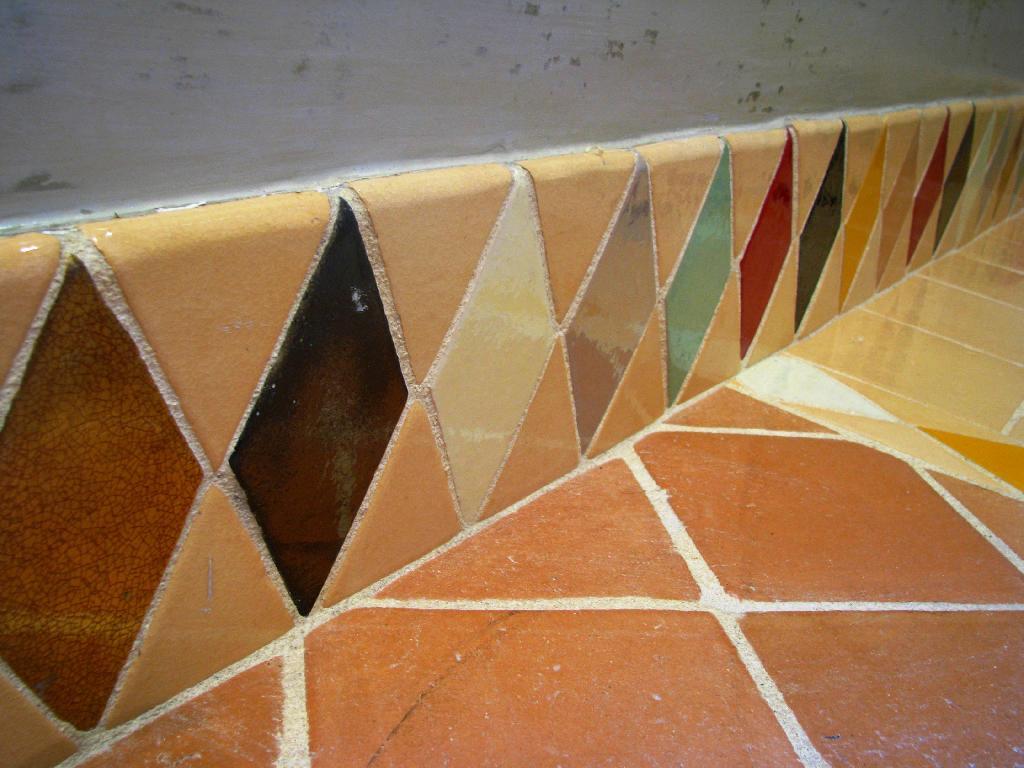 Carrelage mural cuisine et salle de bain c ramiques du for Couleur carrelage