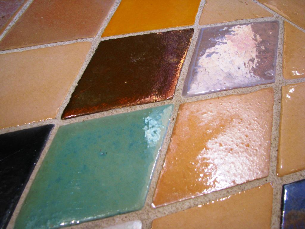 Carrelage mural cuisine et salle de bain c ramiques du beaujolais fa ence - Carreaux de ceramique mural ...