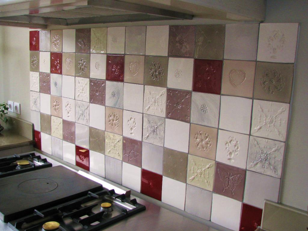 Fa ence et carrelage mural de cuisine carreaux for Carrelage relief