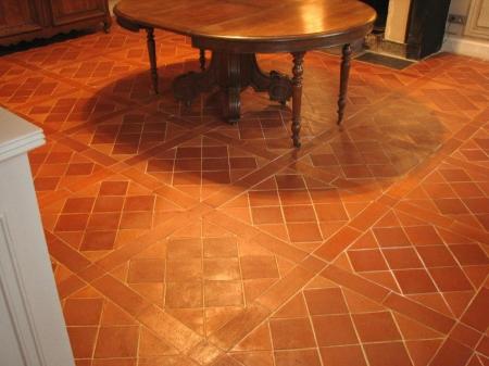 fabricant carreaux et carrelage en terre cuite artisanal c ramique du beaujolais. Black Bedroom Furniture Sets. Home Design Ideas