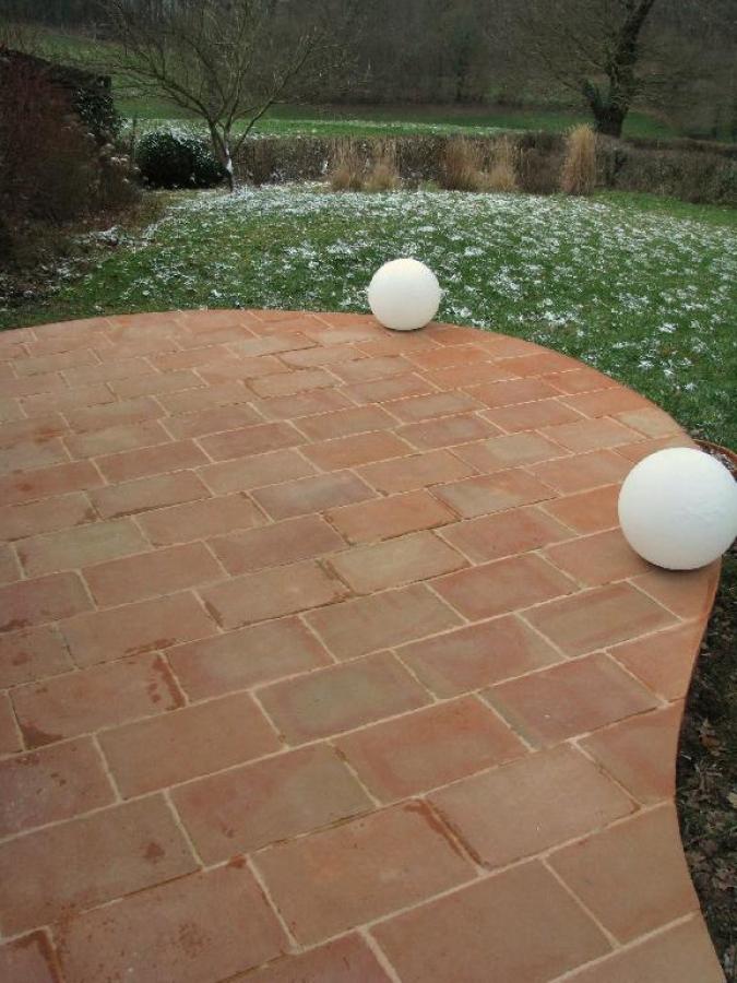terre cuite c ramiques du beaujolais fa ences et terre cuite carreaux et carrelage en terre. Black Bedroom Furniture Sets. Home Design Ideas