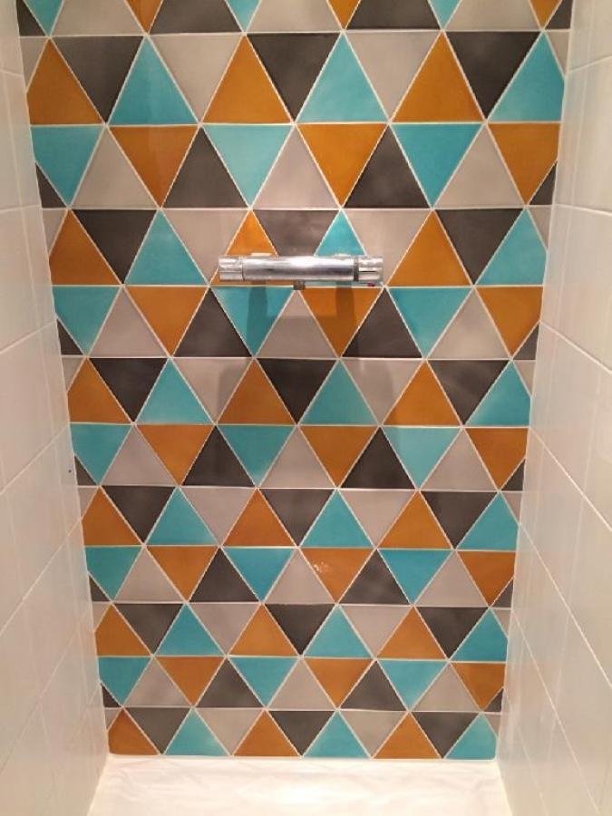 Faience salle de bain turquoise incroyable faience salle for Faience salle de bain turquoise