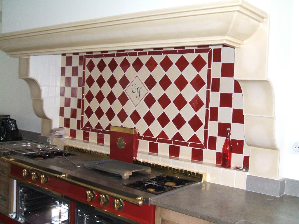 Faïence et carrelage mural de cuisine : carreaux artisanaux ...